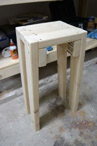 2x4-stool